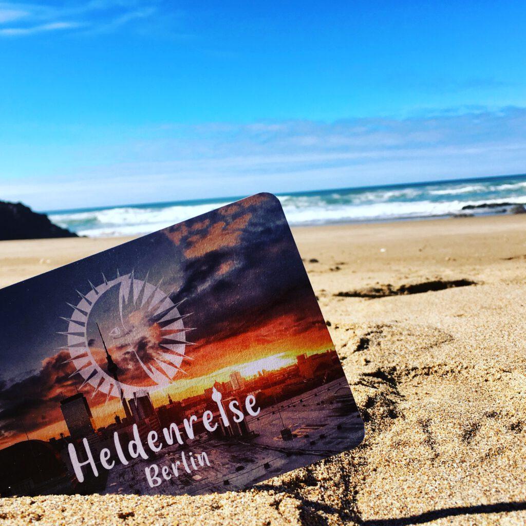 Flyer Heldenreise am Strand